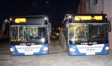 İlk Seferini Yapan Metrobüse Yoğun İlgi