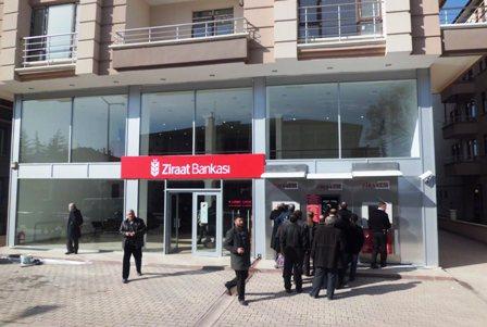 Çubuk Ziraat Bankası, Yeni Binasına Taşındı