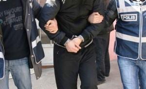 Çubuk'tan Ankara'ya Uyuşturucu Zincirinde 5 Kişi Yakalandı