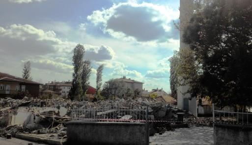 Fatih Cami Yıkıldı, Yeniden Yapılacak