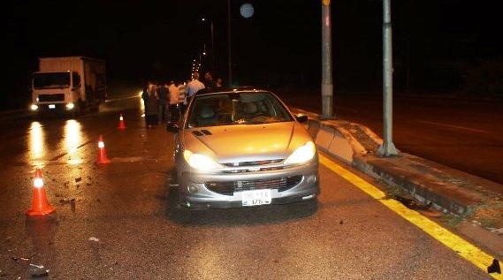 Güldarpı da 3 Araç Çarpıştı 1 Yaralı