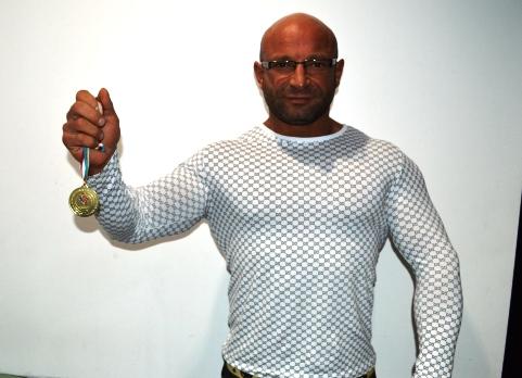 Çubuklu Sporcu Vücut Geliştirme Şampiyonu Oldu