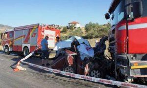 Kimsenin İstemediği Kazada 2 Kişi Öldü 1 Kişi Yaralandı