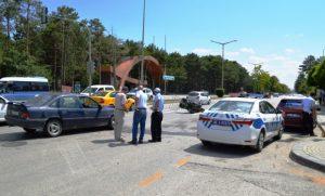 Çubuk'ta 3 Farklı Yerde Kaza: 6 Yaralı