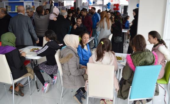 cubuk Kitap Kultur Kafe Acildi