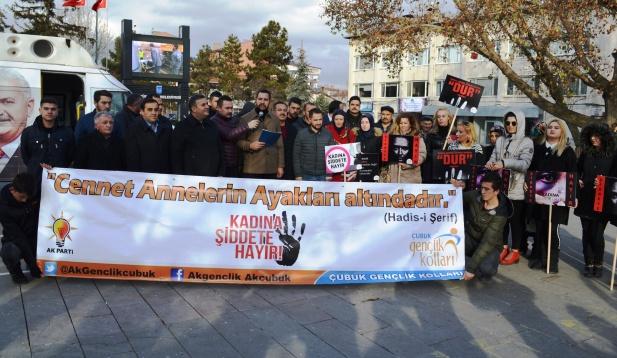 Çubuk' ta Kadına Şiddete Hayır Açıklaması