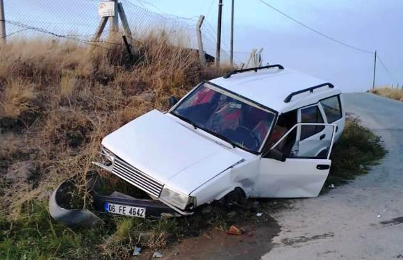 Çubuk'ta trafik kazasında 3 kişi yaralandı