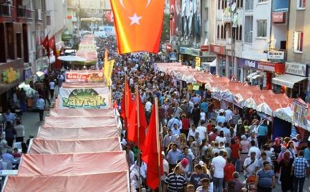 Çubuk Turşu ve Kültür Festivali'ne İnsan Seli