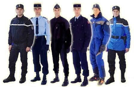 Jandarma Kıyafet Rengi Demokratik Belirlenecek