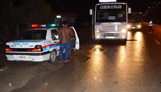 Jandarma Otobüsleri Denetledi