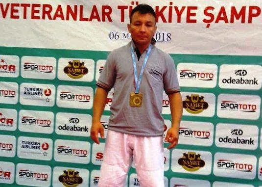 Turkiye Judo sampiyonu cubuk tan cikti