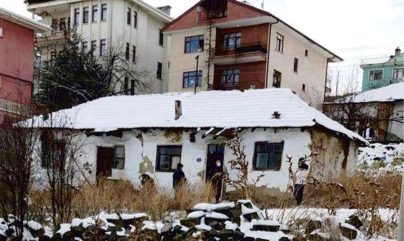 Çubuk'ta bir kişi evinde ölü bulundu